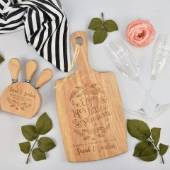 Personalised engraved picnic hamper with include paddle board, champagne glasses and cheese knife set