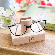 Personalised Engraved Tasmanian Oak Reading Glasses Stand Birthday Gift