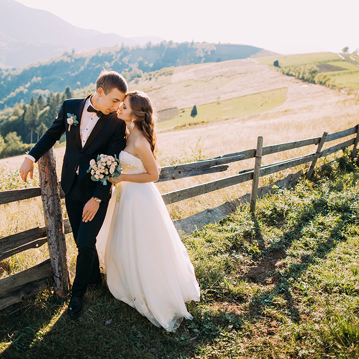 QUICK TIPS WHEN PLANNING A WEDDING DURING COVID